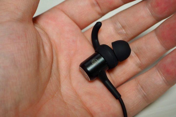 SoundPEATS Q34はカナル型イヤホン