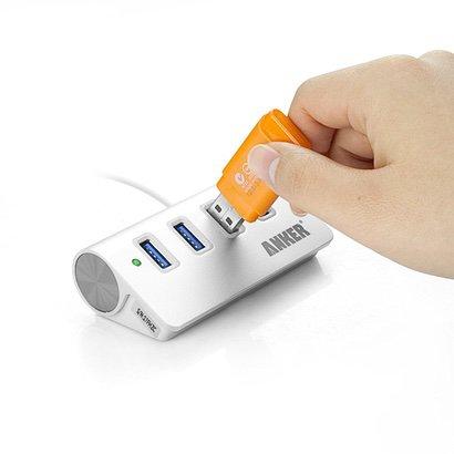 Anker USB 3.0 4ポートハブ