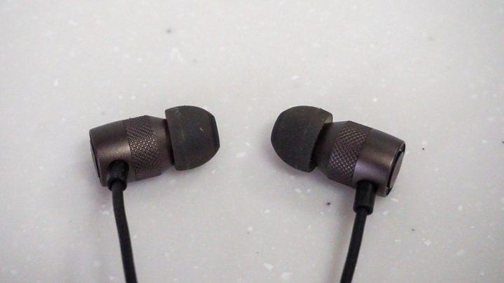 SoundPEATS B90 ハウジング