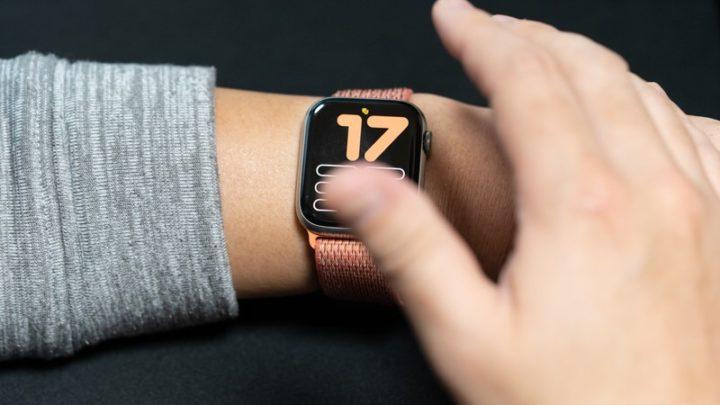 Apple Watchを手で覆って消音に