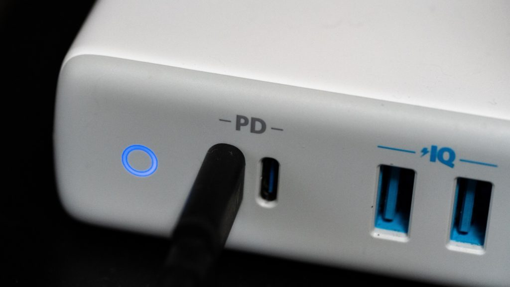 iPhone/iPadはUSB PDの急速充電に対応