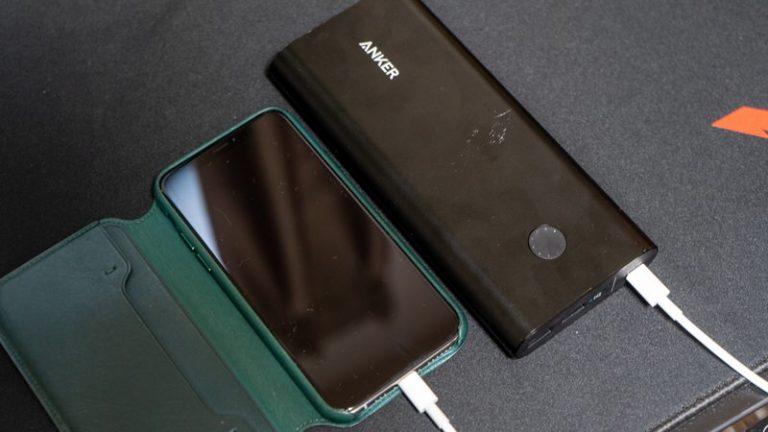 【2019最新】大容量モバイルバッテリーおすすめ9選 旅行や出張に大活躍