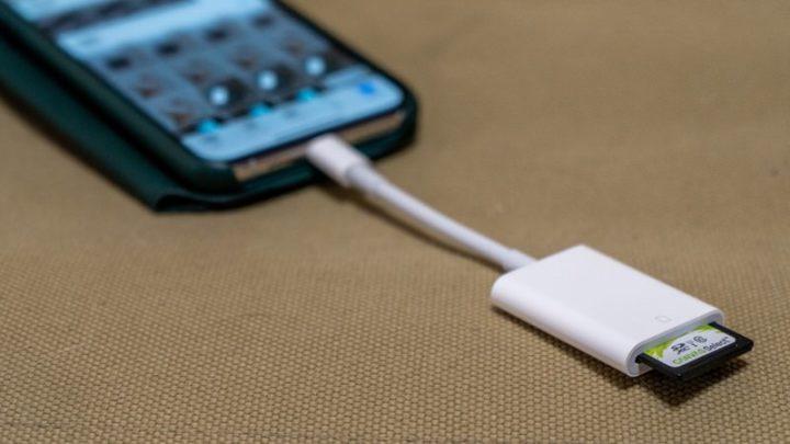 有線でSDカードからiPhoneへの写真取り込む