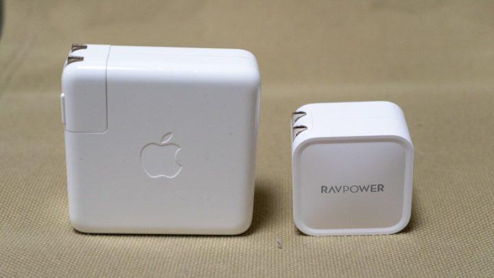 どっちを持って行く?Apple純正87W USB-C充電器とRP-PC112