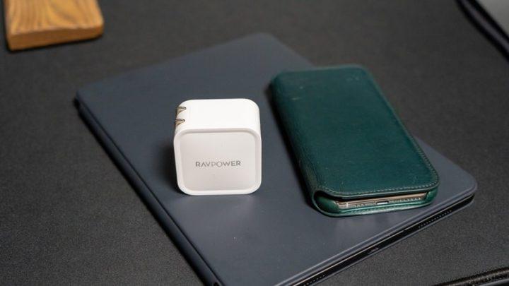 RAVPower RP-PC112 USB PD対応だからiPhone/iPadを急速充電できる!