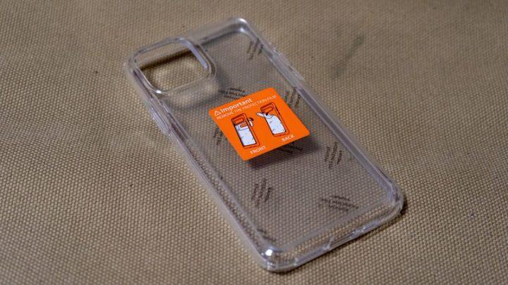 Spigen ウルトラ・ハイブリッド IPhone 11 Pro ケースのフィルム
