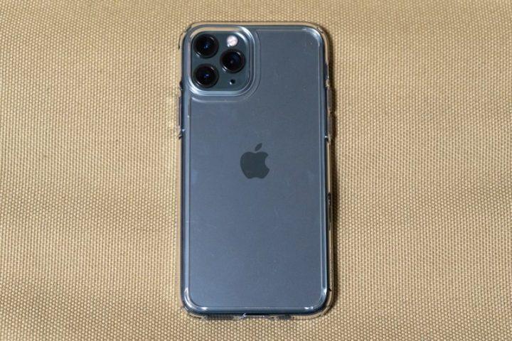 ウルトラ・ハイブリッドをiPhone 11 Proに装着!