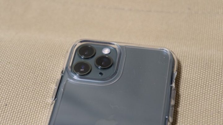 ウルトラ・ハイブリッド iPhone 11 Pro 背面カメラもしっかり保護!