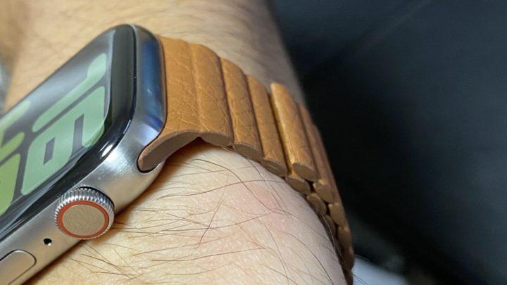 Apple Watchバンドをハサミで切った1