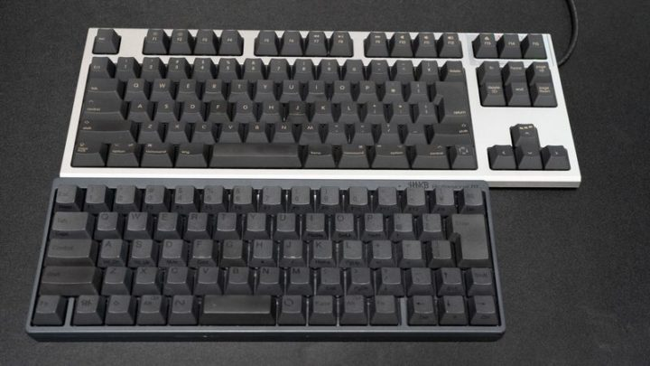 REALFORCE for MacとHHKB Professional BTの大きさ比較