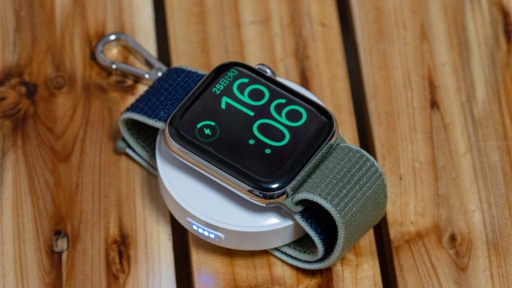 Apple Watch向けモバイルバッテリー