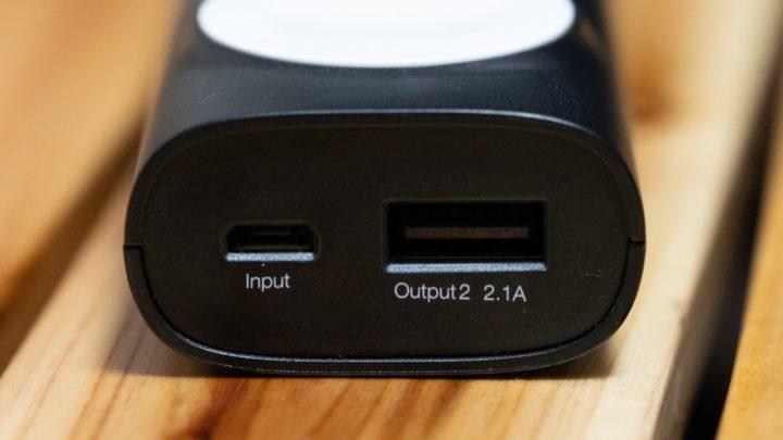 CHOETECH Apple Watchモバイルバッテリー 充電用microUSBポートとUSB-A(2.1A)ポート