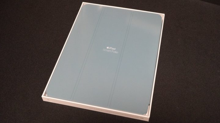 Apple純正iPadケース「Smart Folio」