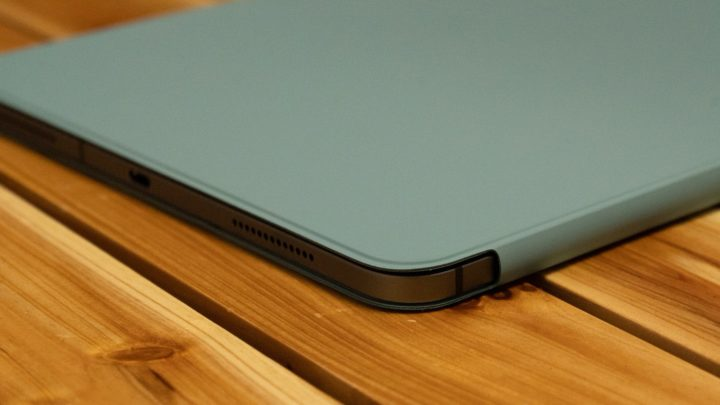 iPad Pro Smart Folio 特に角が傷つきやすいので、気になる方は要注意