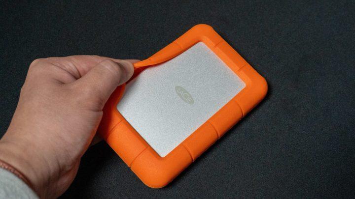LaCie ポータブルHDD ほどよい弾力のゴムバンパー