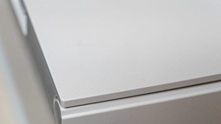 PIXUS TS8330 天板には網目のような加工が施されている