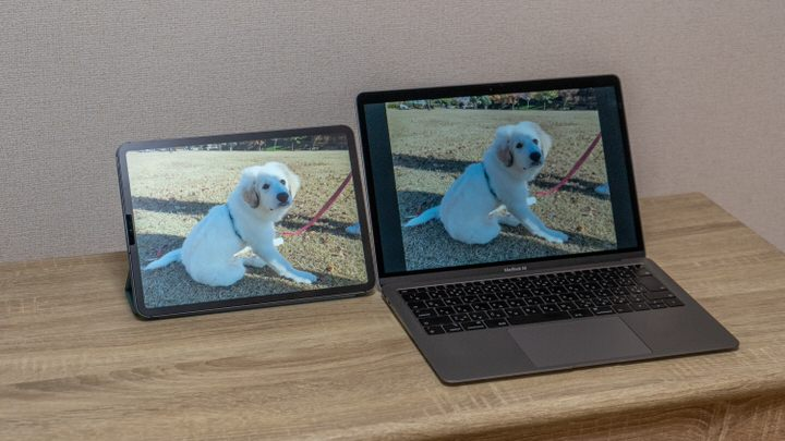 iPad ProとMacBook Airのディスプレイ比較