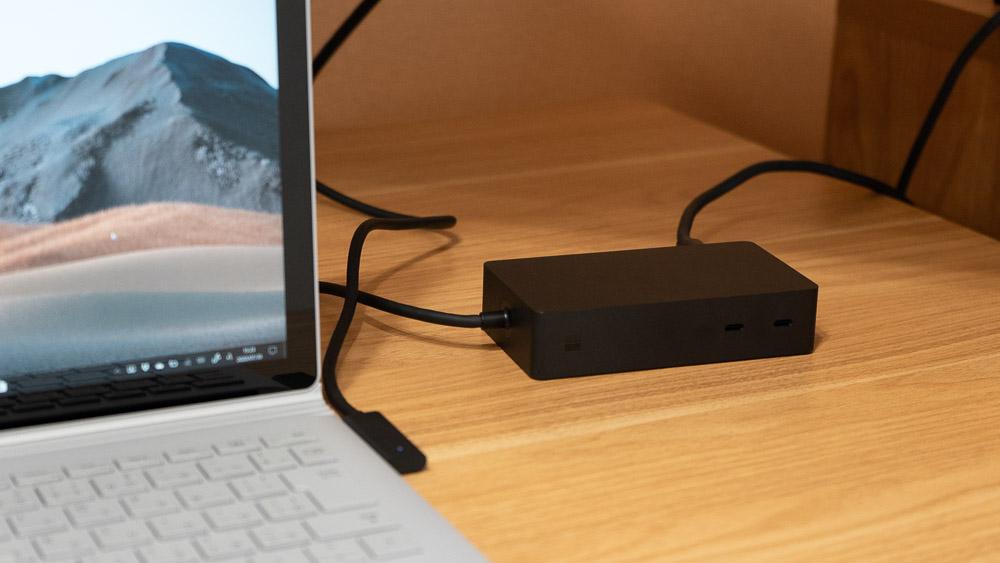 Surface Book 3にSurface Dock 2を接続