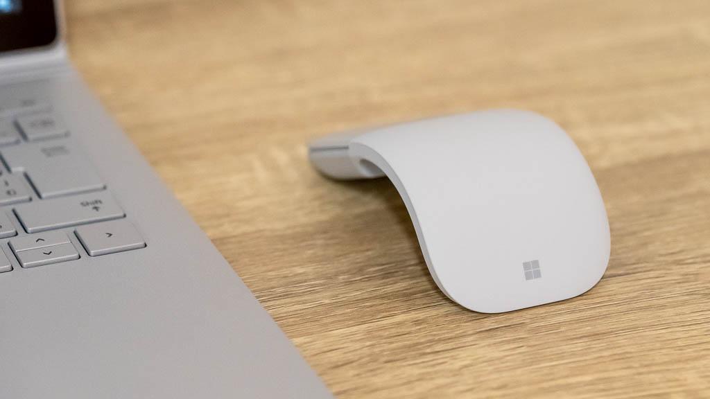Surfaceによく似合うかっこいいデザイン
