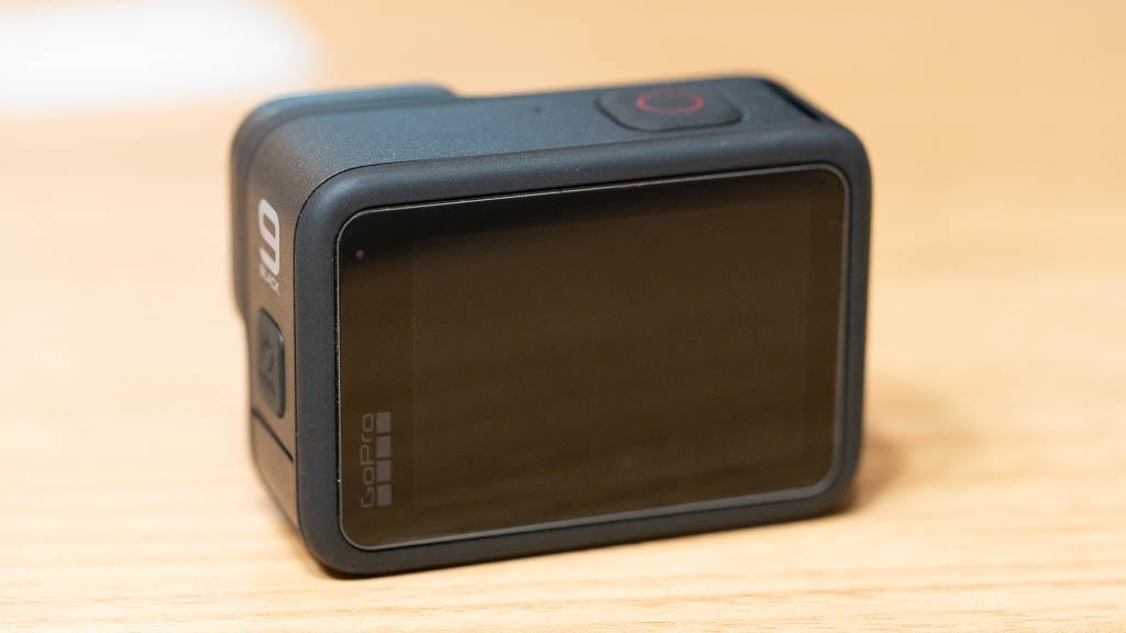 GoPro HERO9に保護フィルムを貼り付け3