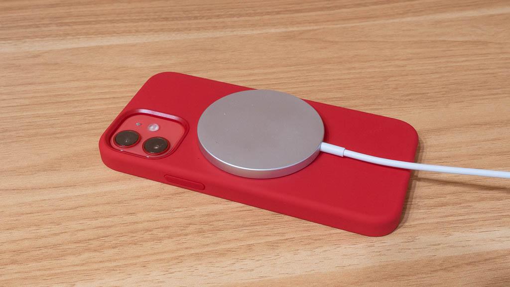 MagSafe充電器 シリコンケース