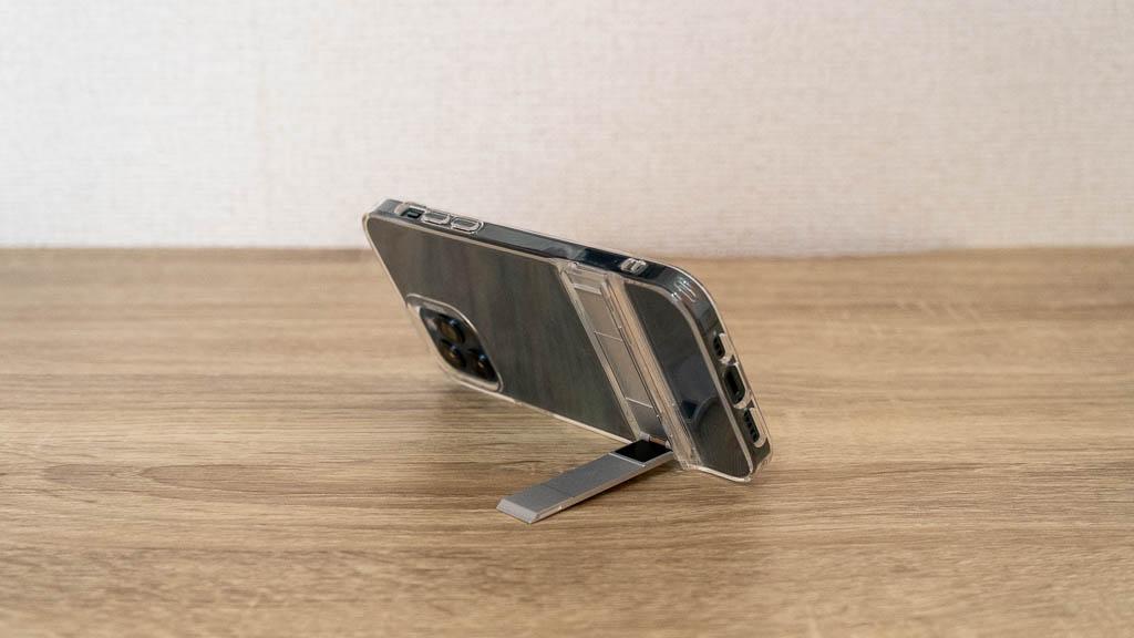 ESR iPhone 12 キックスタンド付きクリアケース2