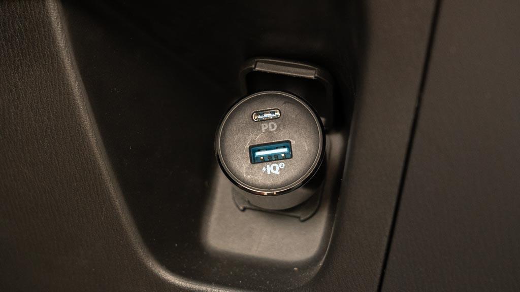 Anker USB PD対応カーチャージャー