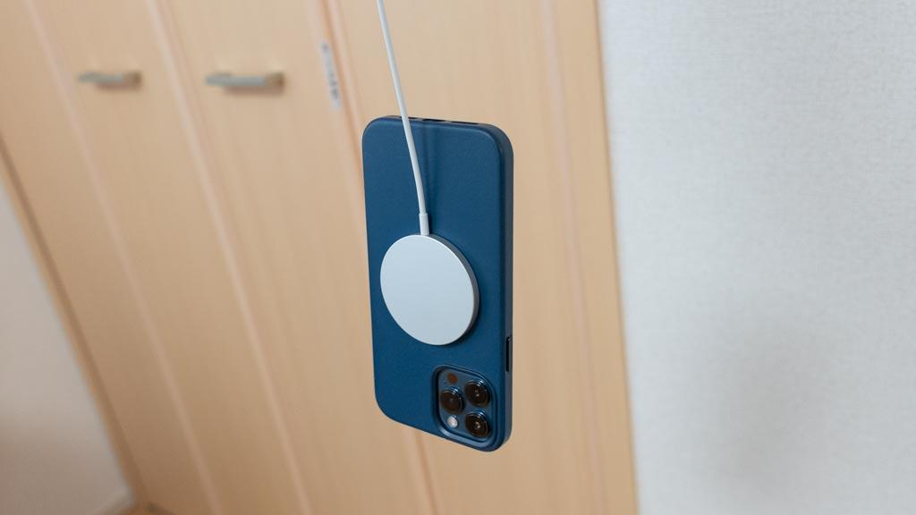 MagSafe充電器の磁力