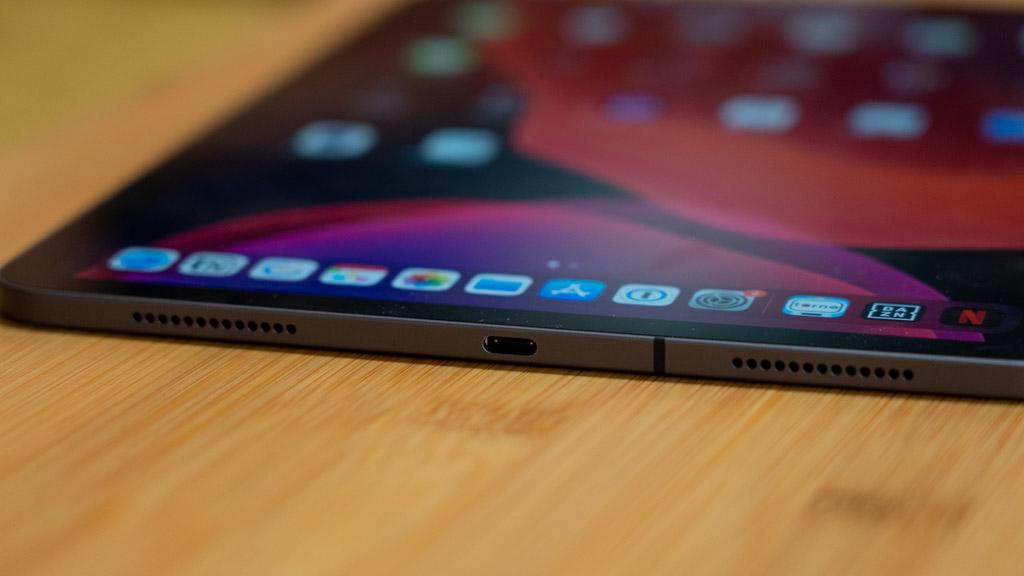 iPad Pro、iPad AirのUSB-Cポート
