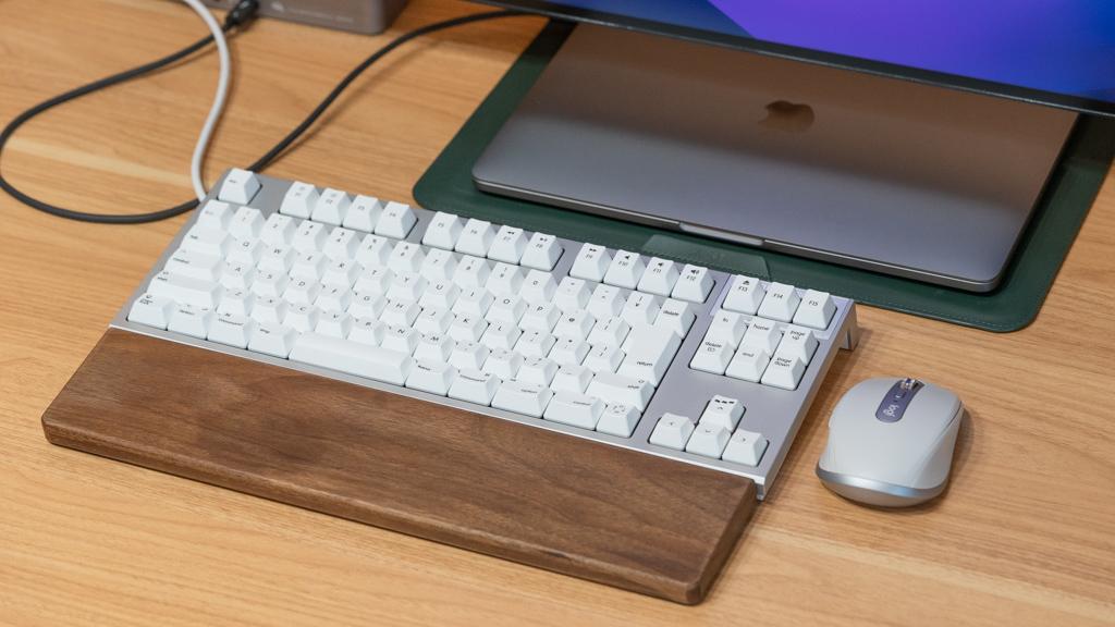 東プレ REALFORCE for MacをMacBookに接続
