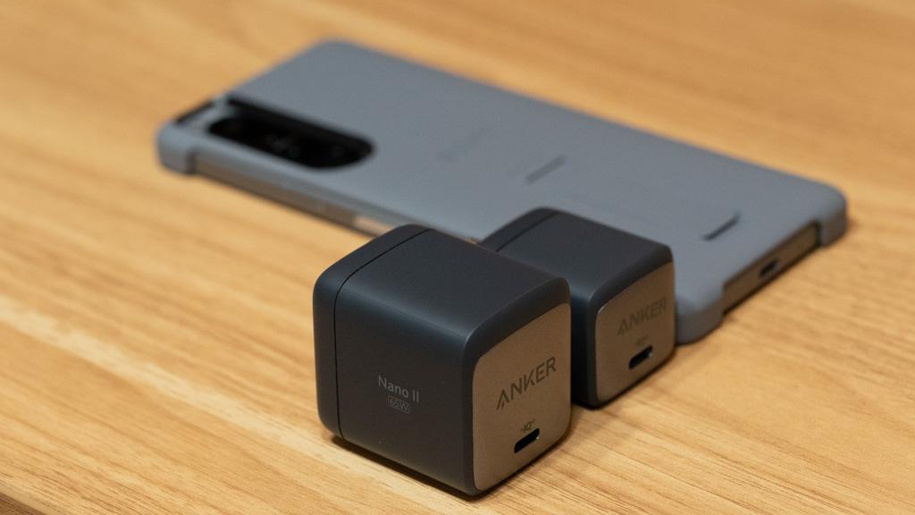 Anker Nano III 65WとXperia 1 III