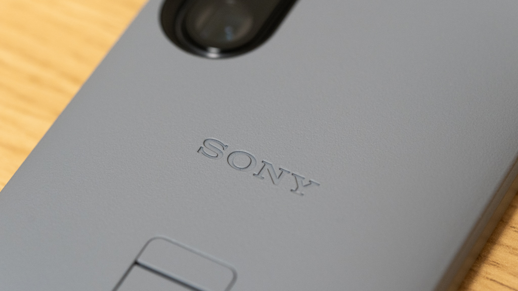 SONY Xperia 1 III Style Cover with Stand マットな質感