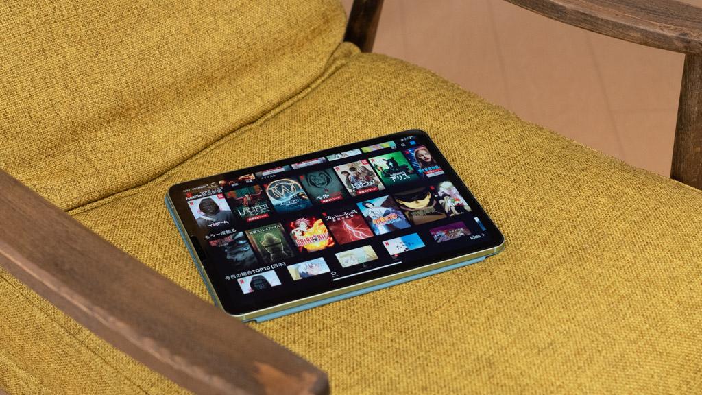 大画面で映画・ドラマを楽しむ(iPadでできること・活用方法)
